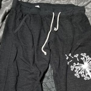 Other - Air waves gray sweatpants with pockets